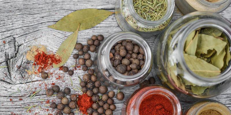 Ecco le 4 spezie che puoi utilizzare sempre in cucina il - Le spezie in cucina ...